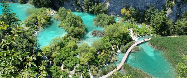 Private transfers from Split to NP Plitvice lakes book online hotel Amphora Split